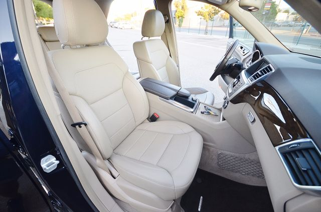 2013 Mercedes-Benz ML 350  AUTO - 33K MILES - NAVI - HTD STS - SUNROOF Reseda, CA 27