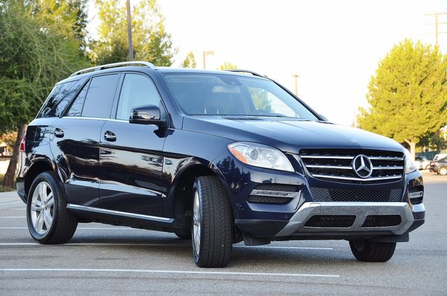 2013 Mercedes-Benz ML 350  AUTO - 33K MILES - NAVI - HTD STS - SUNROOF Reseda, CA 9