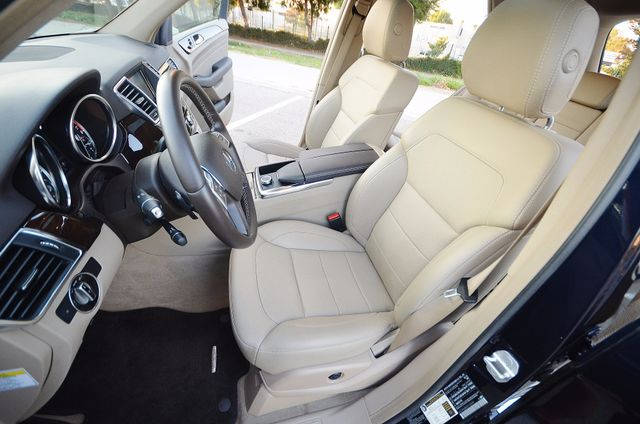 2013 Mercedes-Benz ML 350  AUTO - 33K MILES - NAVI - HTD STS - SUNROOF Reseda, CA 35