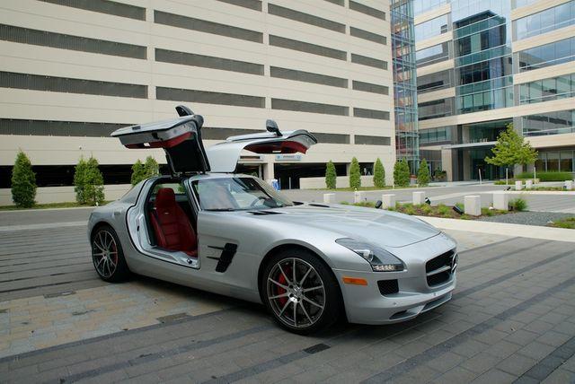 2013 Mercedes-Benz SLS AMG GT Houston, Texas 1
