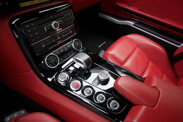 2013 Mercedes-Benz SLS AMG GT Houston, Texas 23