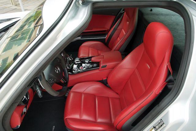 2013 Mercedes-Benz SLS AMG GT Houston, Texas 28