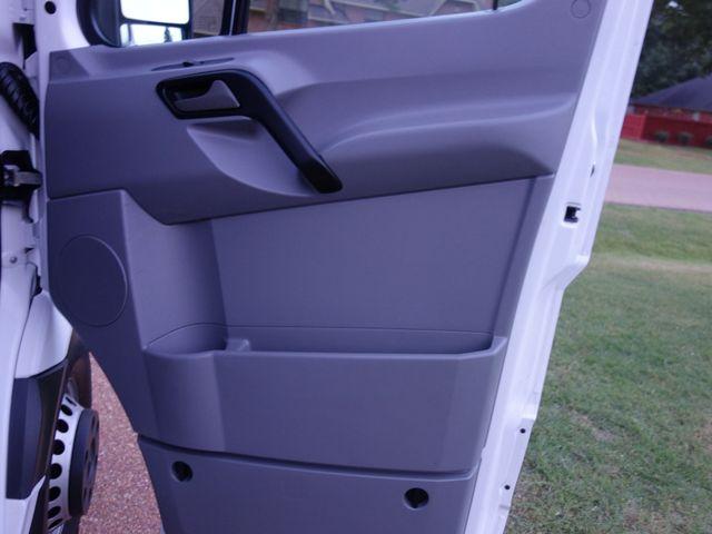 2013 Mercedes-Benz Sprinter Cargo Vans 3500 in Marion Arkansas, 72364