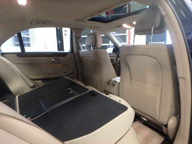 2013 Mercedes E-350 4-Matic VERY CLEAN, SHARP, LUXURIOUS GREATNESS! Saint Louis Park, MN 18