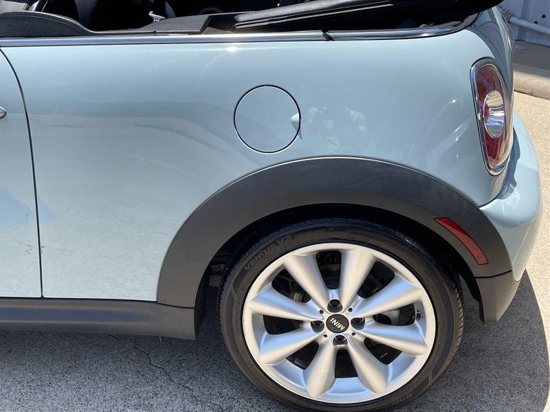 2013 Mini Convertible ONLY 44K MILES AUTO TRANS CLEAN CARFAX NICE & FUN! in Rowlett, Texas