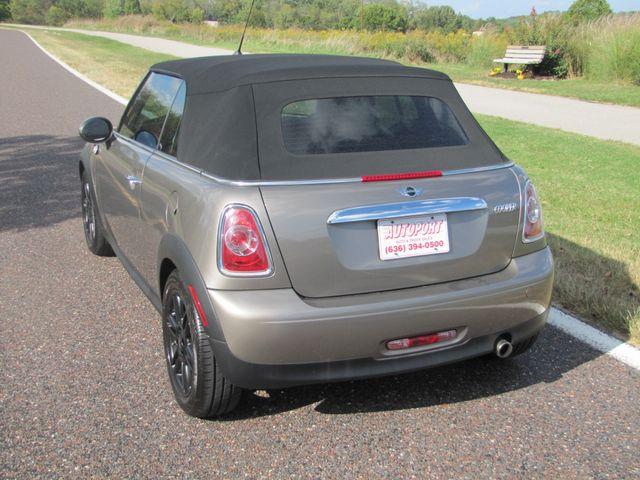 2013 Mini Convertible St. Louis, Missouri 4