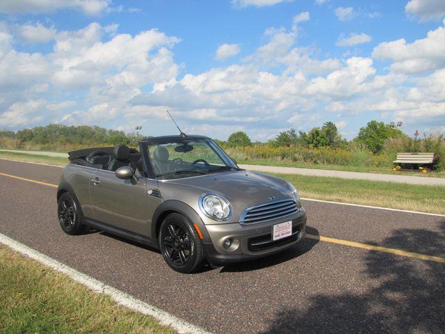 2013 Mini Convertible St. Louis, Missouri 0