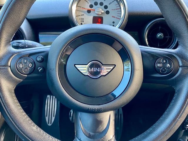 2013 Mini HARDTOP S 54K MLS MANUAL SERVICE RECORDS LEATHER NEW TIRES in Van Nuys, CA 91406