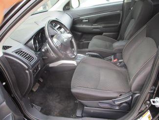 2013 Mitsubishi Outlander Sport SE Farmington, MN 3