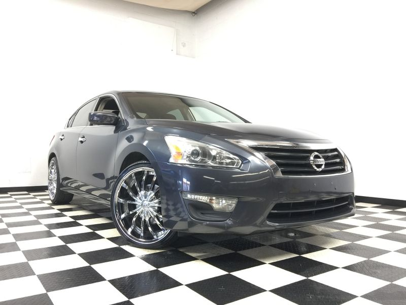 2013 Nissan Altima *Easy Payment Options*   The Auto Cave in Addison