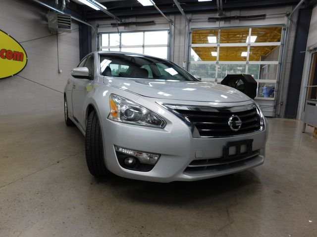 2013 Nissan Altima 2.5 SV in Airport Motor Mile ( Metro Knoxville ), TN 37777