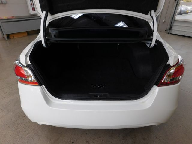 2013 Nissan Altima 2.5 SL in Airport Motor Mile ( Metro Knoxville ), TN 37777
