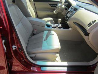 2013 Nissan Altima 2.5 SL Batesville, Mississippi 33