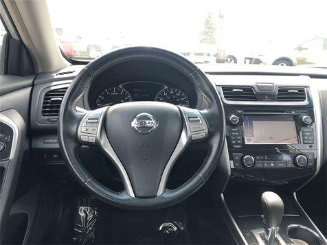 2013 Nissan Altima 2.5 SV Navigation Sunroof 38MPG We Finance | Canton, Ohio | Ohio Auto Warehouse LLC in Canton, Ohio