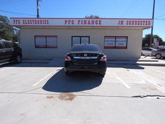 2013 Nissan Altima 2.5 SV Devine, Texas 1