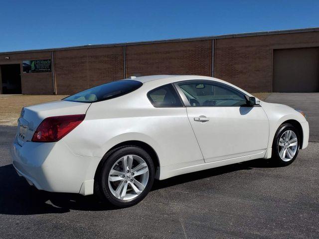 2013 Nissan Altima 2.5 SL in Hope Mills, NC 28348