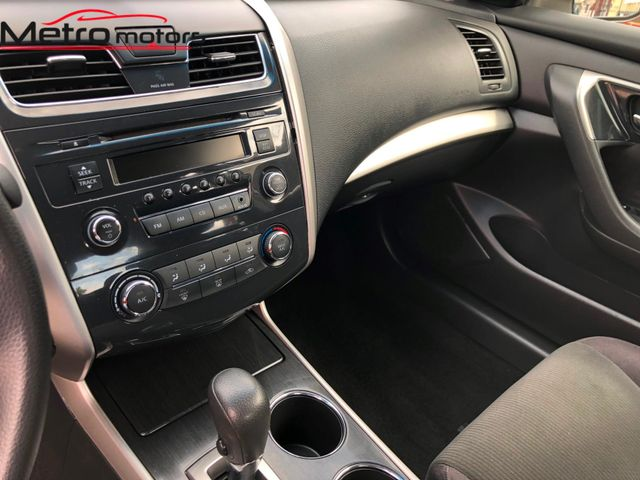 2013 Nissan Altima 2.5 S Knoxville , Tennessee 24