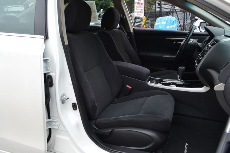 2013 Nissan Altima 25 SV  city New  Father  Son Auto Corp   in Lynbrook, New