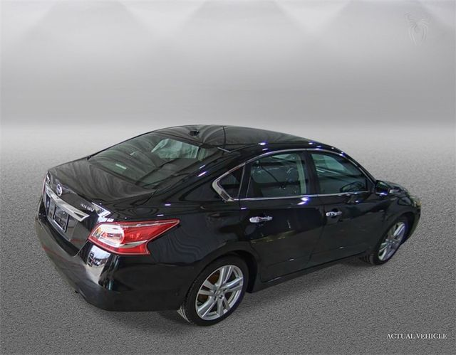 2013 Nissan Altima 3.5 SV Madison, NC 1