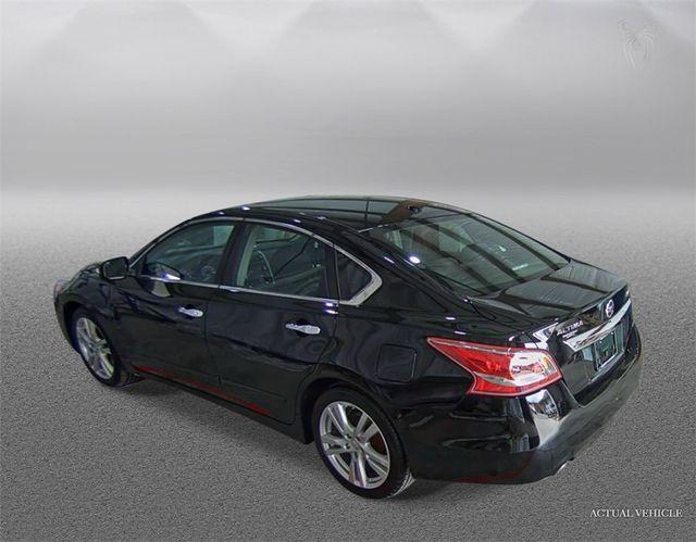2013 Nissan Altima 3.5 SV Madison, NC 3