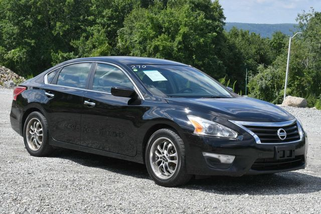 2013 Nissan Altima 2.5 SV Naugatuck, Connecticut 6