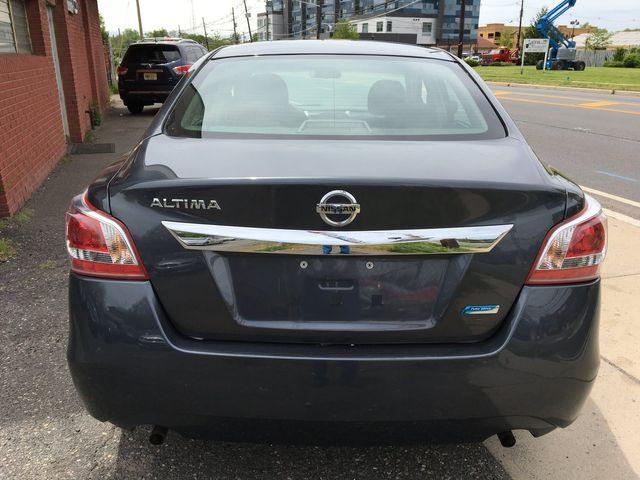 2013 Nissan Altima 2.5 New Brunswick, New Jersey 4