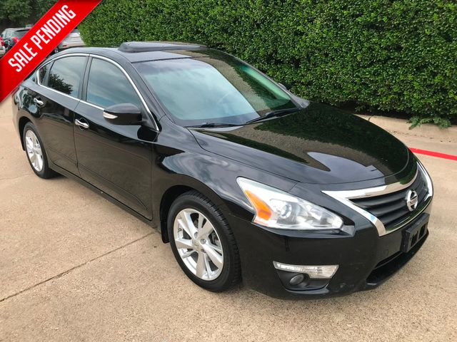 2013 Nissan Altima 2.5 SV**Navigation**Sunroof