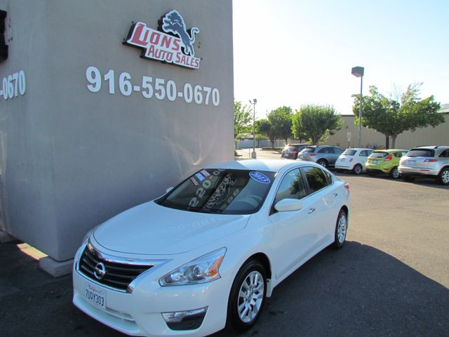2013 Nissan Altima 2.5 S Extra Clean
