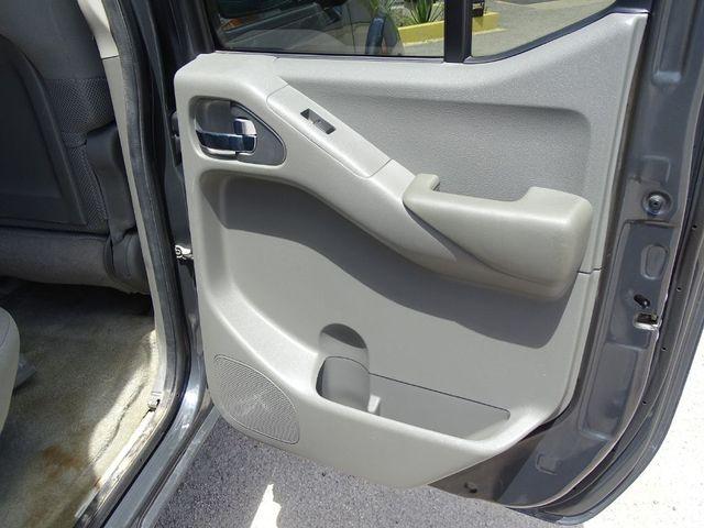 2013 Nissan Frontier SV in Austin, TX 78745