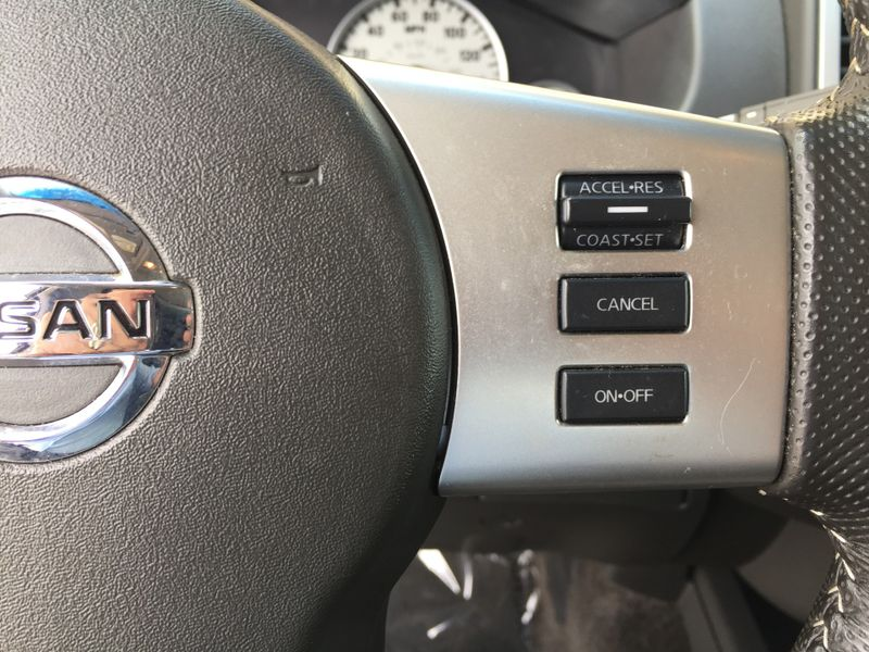 2013 Nissan Frontier PRO-4X  Brownsville TX  English Motors  in Brownsville, TX