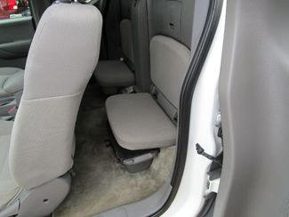 2013 Nissan Frontier S Houston, Mississippi 8