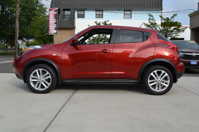 2013 Nissan JUKE SL  city New  Father  Son Auto Corp   in Lynbrook, New