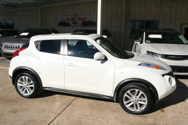 2013 Nissan JUKE SV in Vernon Alabama