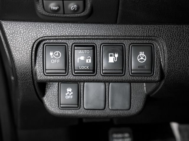 2013 Nissan LEAF SV Burbank, CA 20