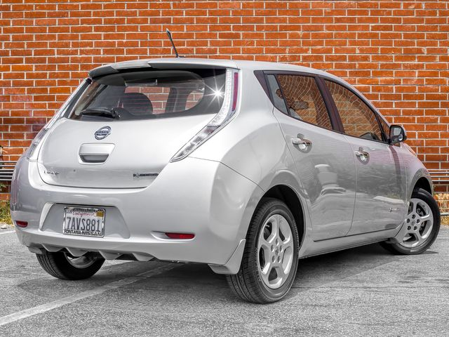 2013 Nissan LEAF SV Burbank, CA 6