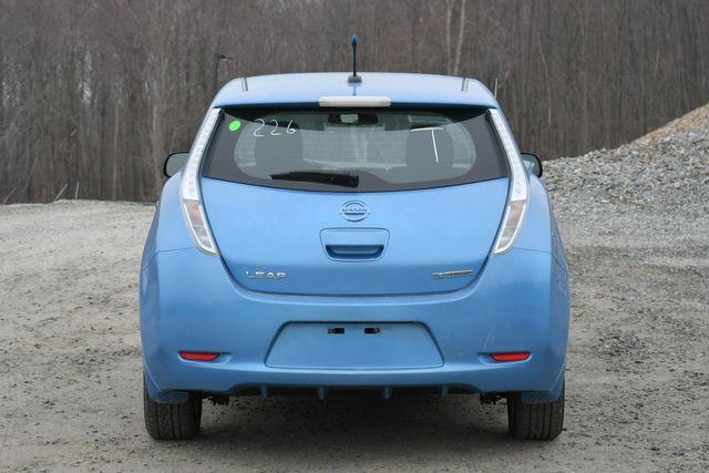 2013 Nissan LEAF SV Naugatuck, Connecticut 5