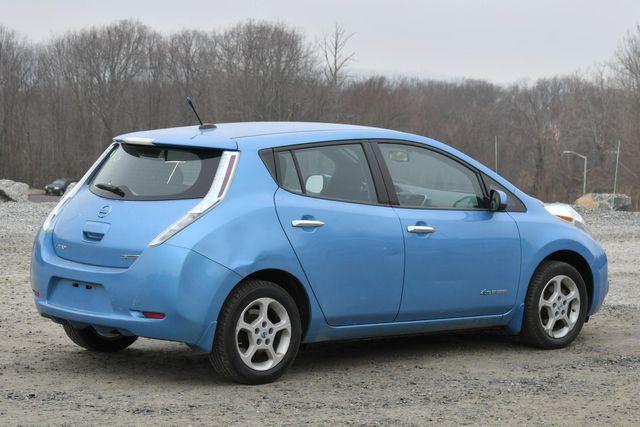 2013 Nissan LEAF SV Naugatuck, Connecticut 6