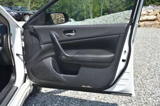 2013 Nissan Maxima 3.5 SV Naugatuck, Connecticut 8