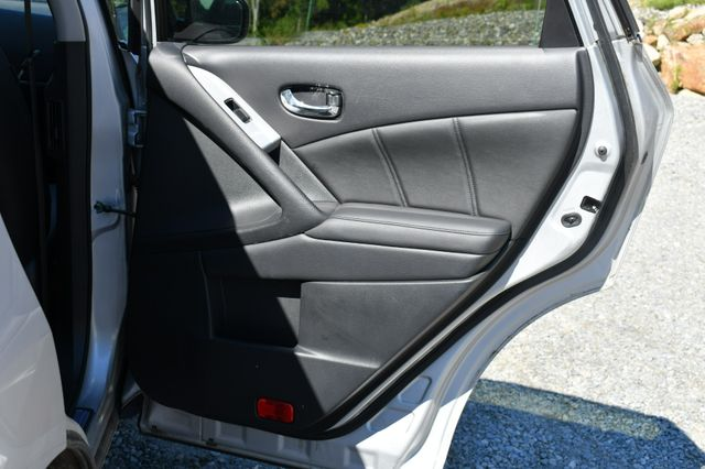 2013 Nissan Murano SL Naugatuck, Connecticut 13