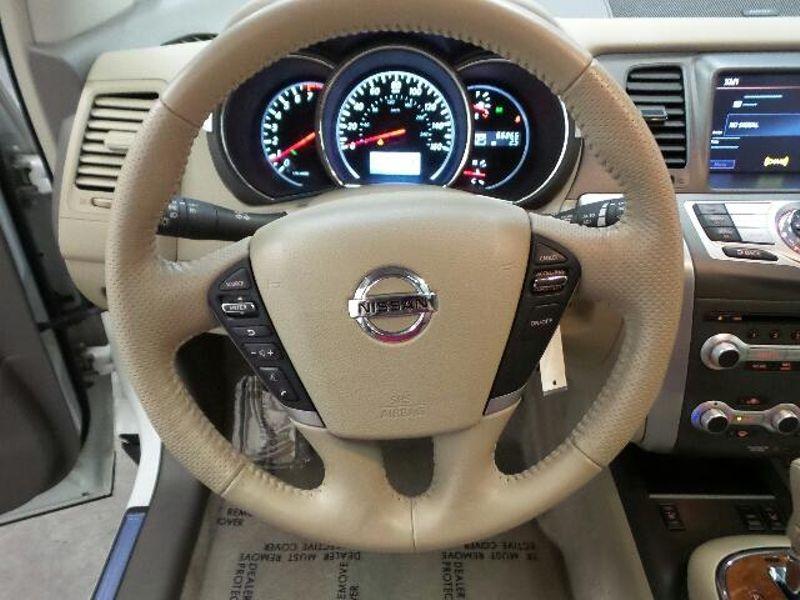 2013 Nissan Murano LE  in Victoria, MN