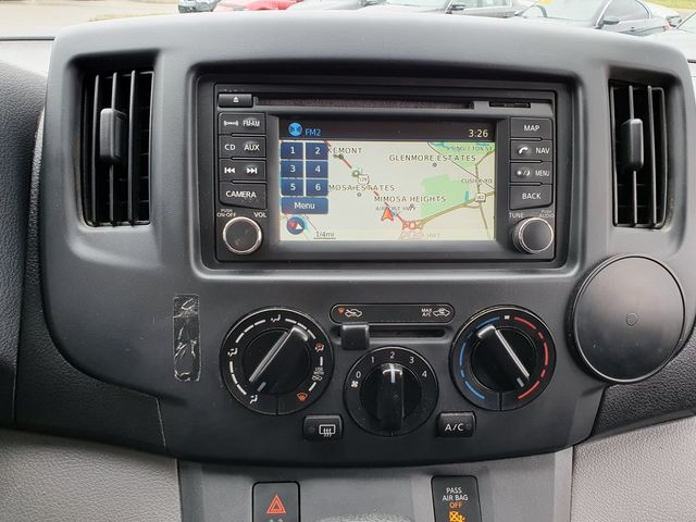 2013 Nissan NV200 SV w/Navigation/Rear View Camera in Louisville, TN 37777