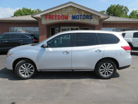 2013 Nissan Pathfinder S 4x4 | Abilene, Texas | Freedom Motors  in Abilene, Texas