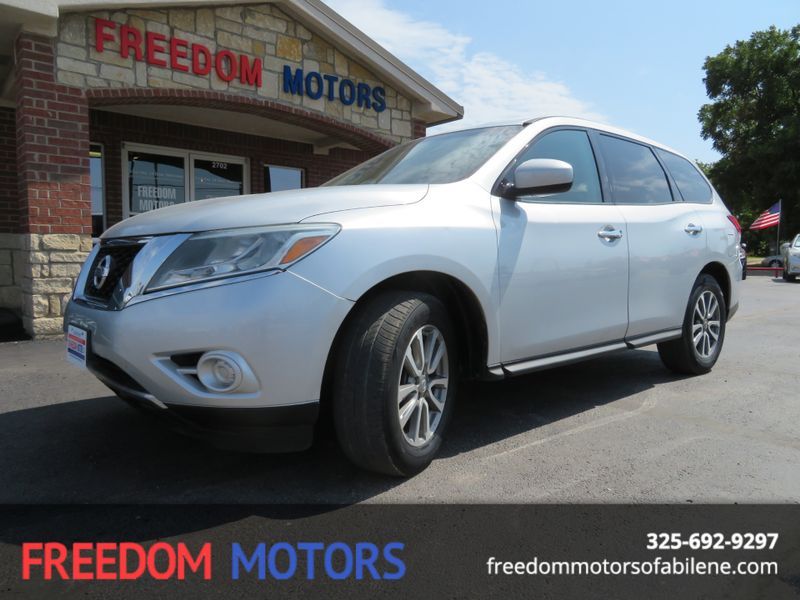 2013 Nissan Pathfinder S 4x4 | Abilene, Texas | Freedom Motors  in Abilene Texas