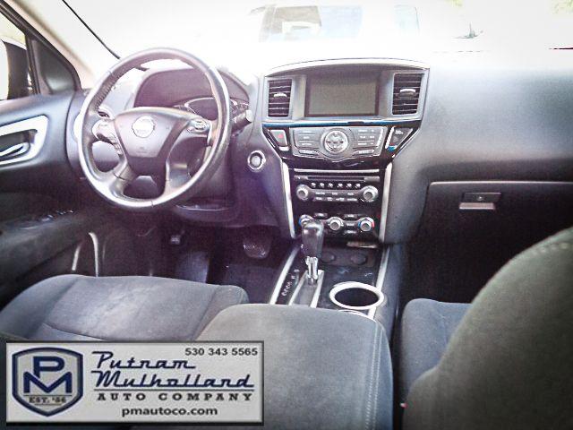 2013 Nissan Pathfinder SV Chico, CA 11