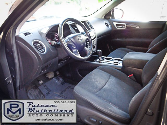 2013 Nissan Pathfinder SV Chico, CA 8