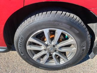 2013 Nissan Pathfinder SL Farmington, MN 11