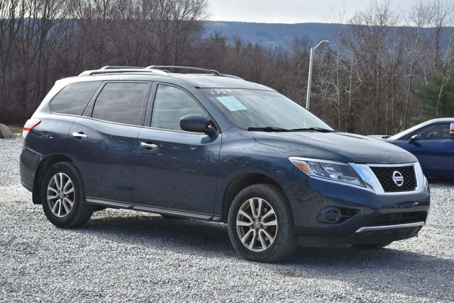 2013 Nissan Pathfinder SV Naugatuck, Connecticut 6