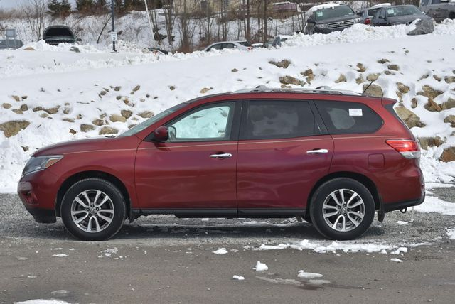 2013 Nissan Pathfinder SV Naugatuck, Connecticut 1