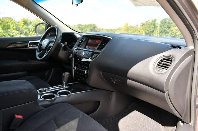 2013 Nissan Pathfinder S Naugatuck, Connecticut 10