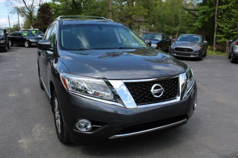 2013 Nissan Pathfinder SL in Shavertown